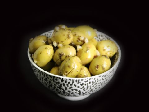 olives_cassees_ail_persil.jpg